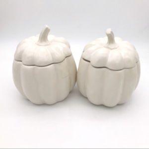 "NWT! Set of 2 Ceramic Pumpkins Jars 8.25"""